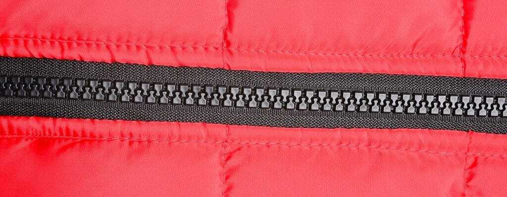 Why do Sleeping Bags Have 2 Zippers & How to Use Them?